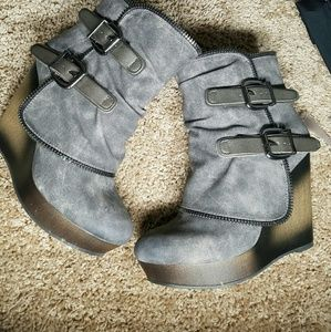 Not Rated  gray ankle boots